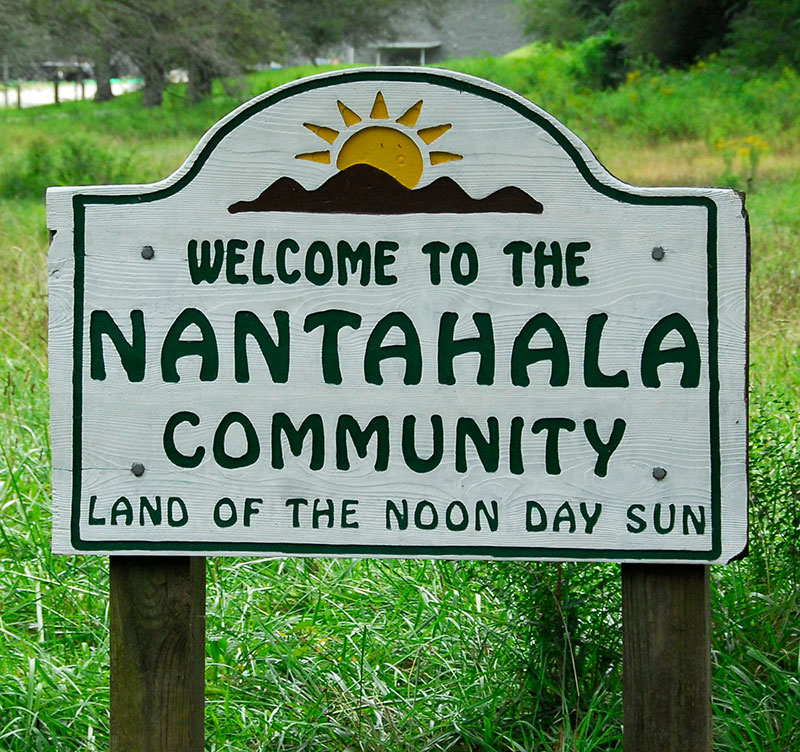 sign welcome to Nantahala